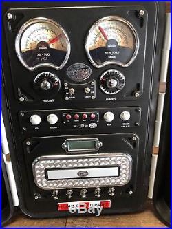 22140 Spirit Of St Louis Flight Case N-x-211 Portable Radio / CD Player Boombox