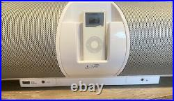 ILive White IBCD3816DT Portable AM/FM iPod Included Boombox CD Player & Remote