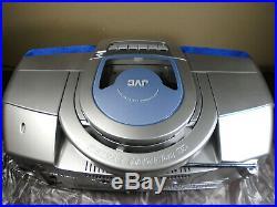 JVC RC-BZ6BU CD PORTABLE PLAYER TUNER RADIO BOOMBOX open/damaged box