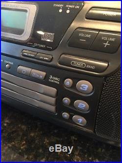 JVC RC-XC1 AM/FM 3 Disc CD Changer Cassette Player Boombox Portable Stereo. MINT