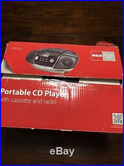 Nos Rca Portable Boombox CD Player Cassette/radio Player Rcd175