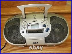RCA RCD105 Portable Boombox CD Cassette Player FM/AM Radio DIGITAL PLL RADIO