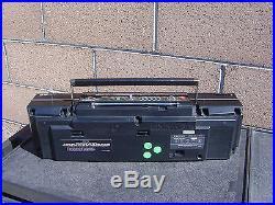 Sanyo M CD40 CD Portable Radio Cassette Recorder Vintage Boombox