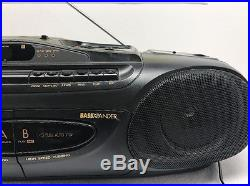 Sanyo MCD-Z43 Portable AM/FM Radio CD Player Dual Cassette Bass Xpander Boombox