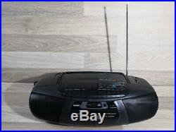 Sanyo MCD-Z48L Portable CD Cassette Player/Recorder Radio Boombox With Remote