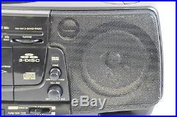Sharp QT CH 300 Ghettoblaster Boombox 3 fach CD Wechsler Radio Vintage 07-C-HJ