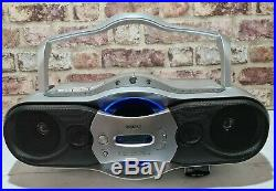Sony CFD-F10L Vintage CD Cassette Tape Player Radio Boombox Portable