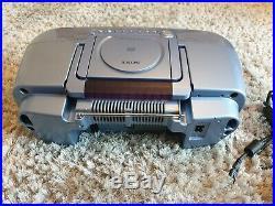Sony ZS-M30 Portable CD & Mini Disc Player Radio Boombox Rare