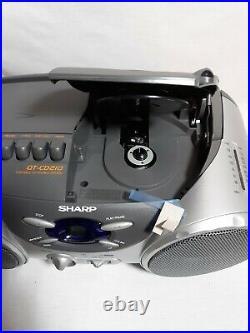 VINTAGE Sharp QT-CD210 Portable AM/FM Stereo CD-Cassette Player BOOMBOX MINT